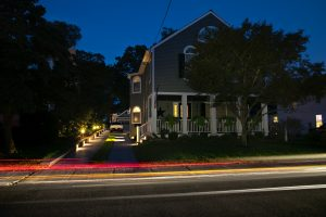 low-voltage-landscape-lighting
