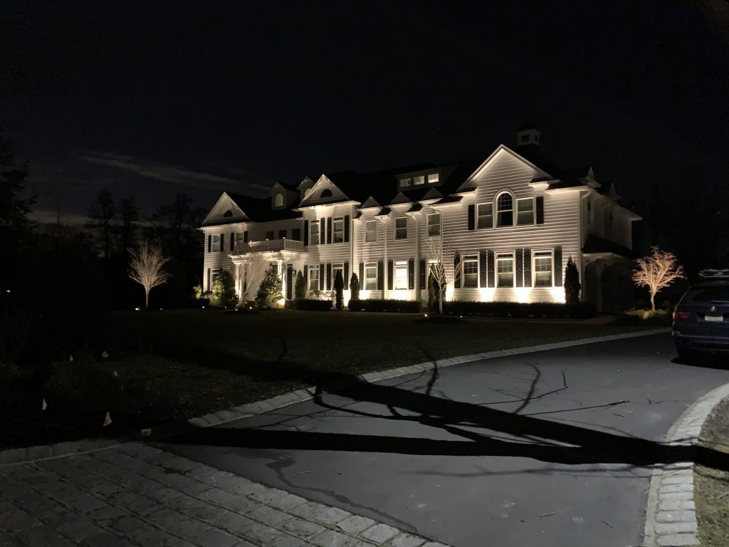 outdoor-lighting-setup